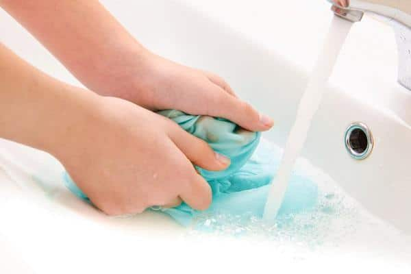 como lavar roupa de cama corretamente